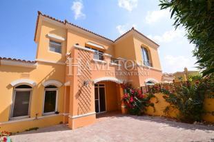 2 bed Villa for sale in UAE / Dubai - Dubai