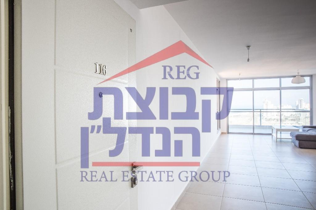 new Flat for sale in Netanya, HaMerkaz