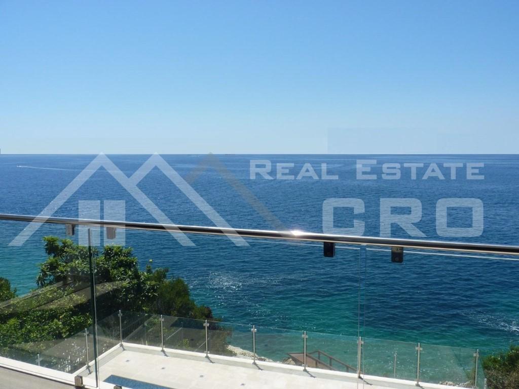 Detached Villa for sale in Ciovo Island...