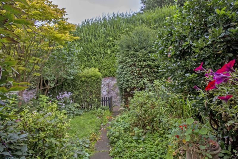 Garden/Outlook