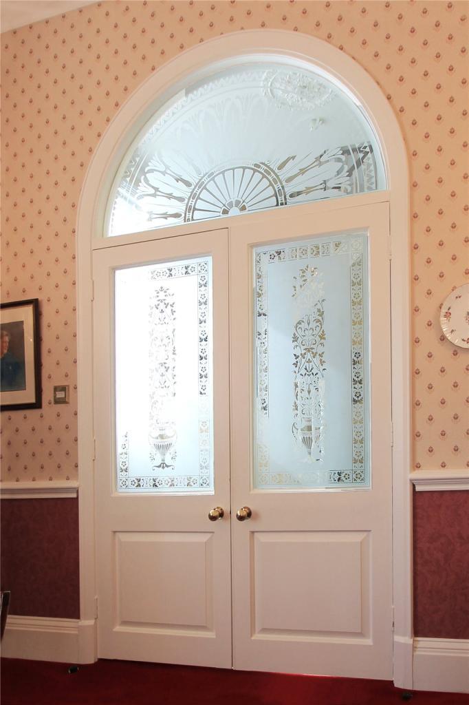 Feature Etched Door