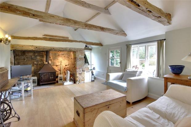 Annexe-Sitting Room