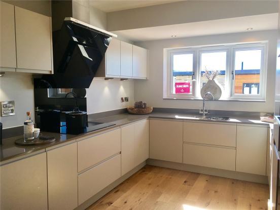 Home 6 - Kitchen