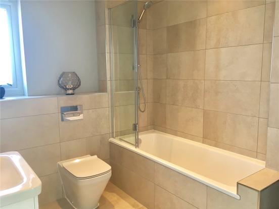 Home 6 Bathroom