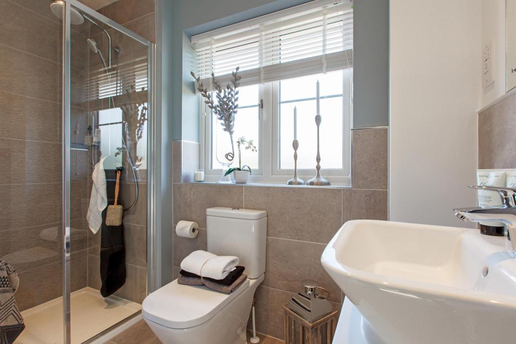 Staunton_bathroom