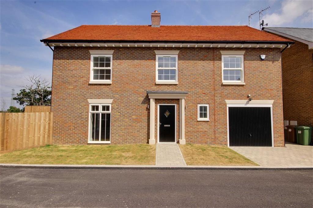 4 Bedroom House For Sale In Bentley Place Bentley Heath