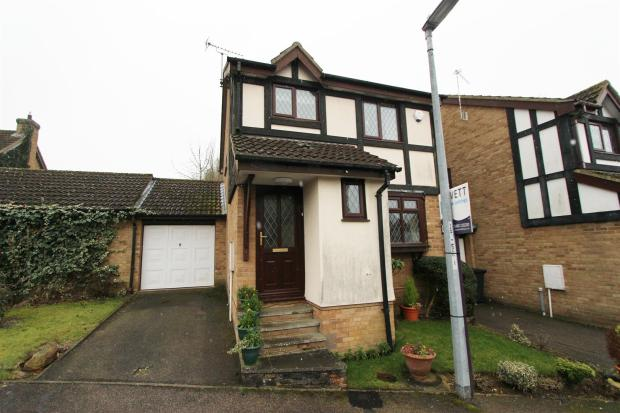 3 bedroom detached house for sale in dengaine close papworth everard cambridge cb23 for 3 bedroom house for sale in cambridge