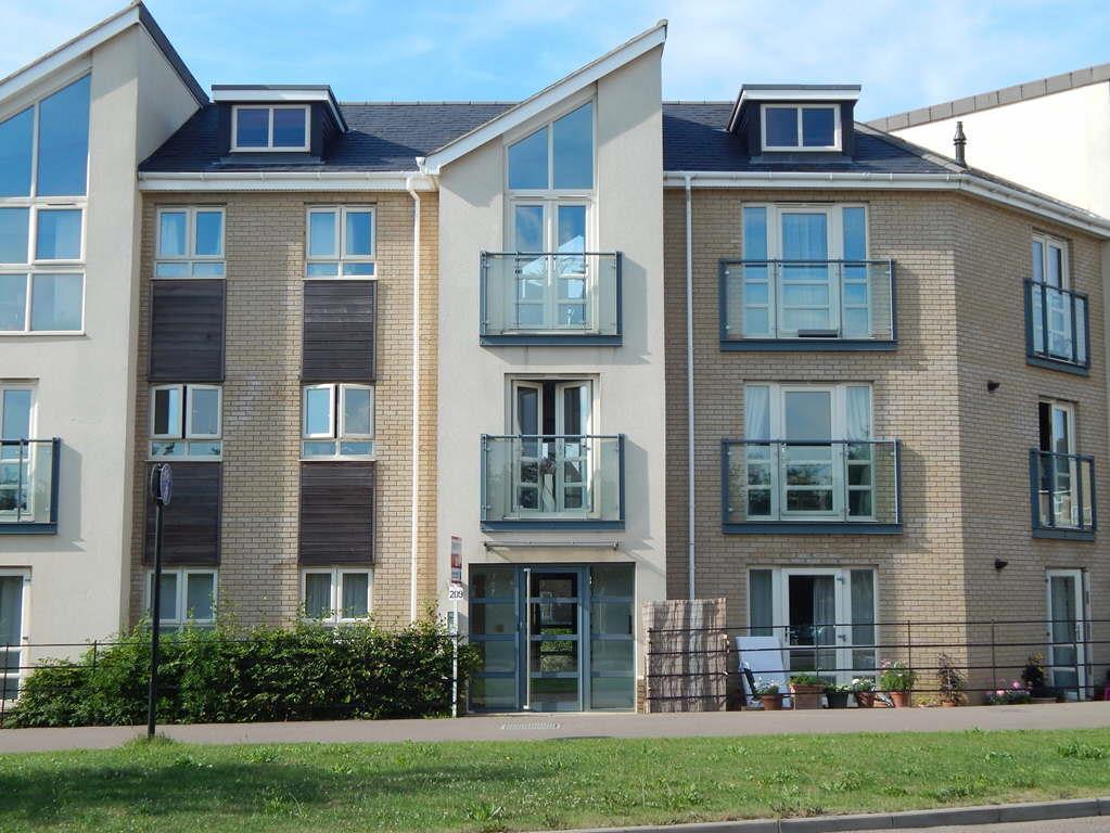 2 Bedroom Apartment To Rent In Cambridge Road St Neots Pe19