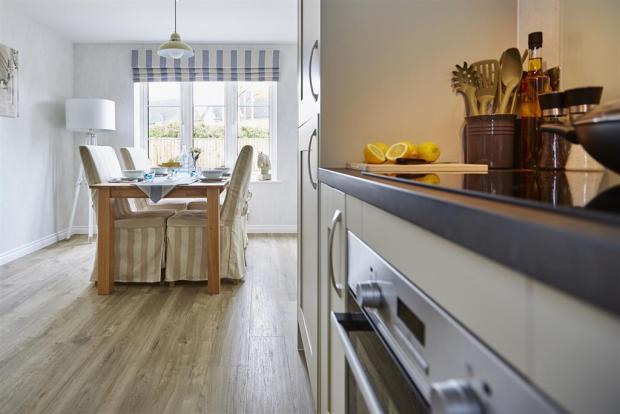 tw_oxford_bourne_view_hook_norton_pt37_yewdale_kitchen_dining