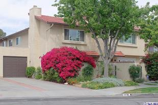 3 bed property for sale in California...