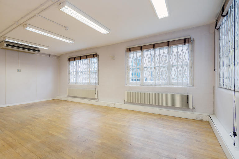 property to rent in 346 Old Street, London EC1V 9NQ