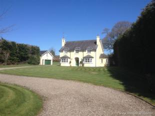 4 bed Detached house in Mountshannon, Clare