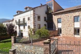 Hotel for sale in Espinilla, Santander...