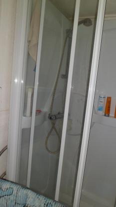 G/F shower