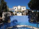 6 bed Villa for sale in Elviria, Málaga