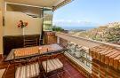 2 bedroom Apartment for sale in Calahonda, Málaga