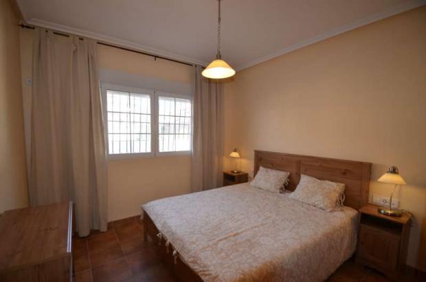 Bright bedroom 2