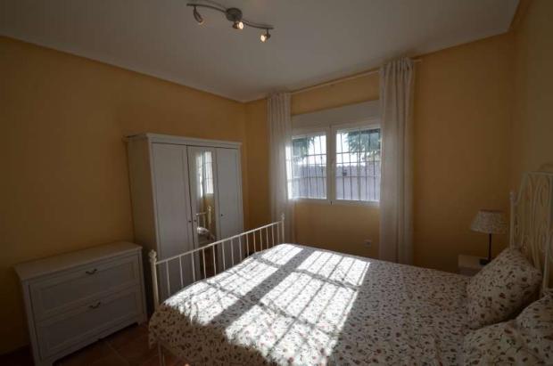 Bright bedroom 3