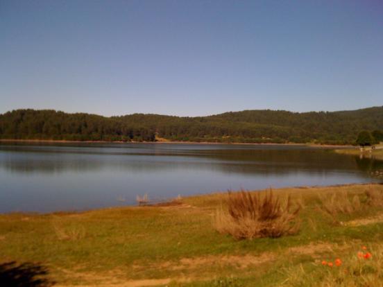 Lake Avro