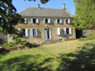5 bedroom Character Property in Peyrelevade, Corrèze...