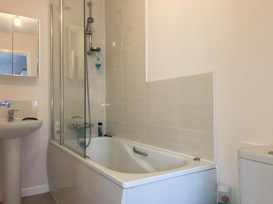 MasterEnSuite-2-bed-house-BrymonWay-504KDevelopment-Plymouth