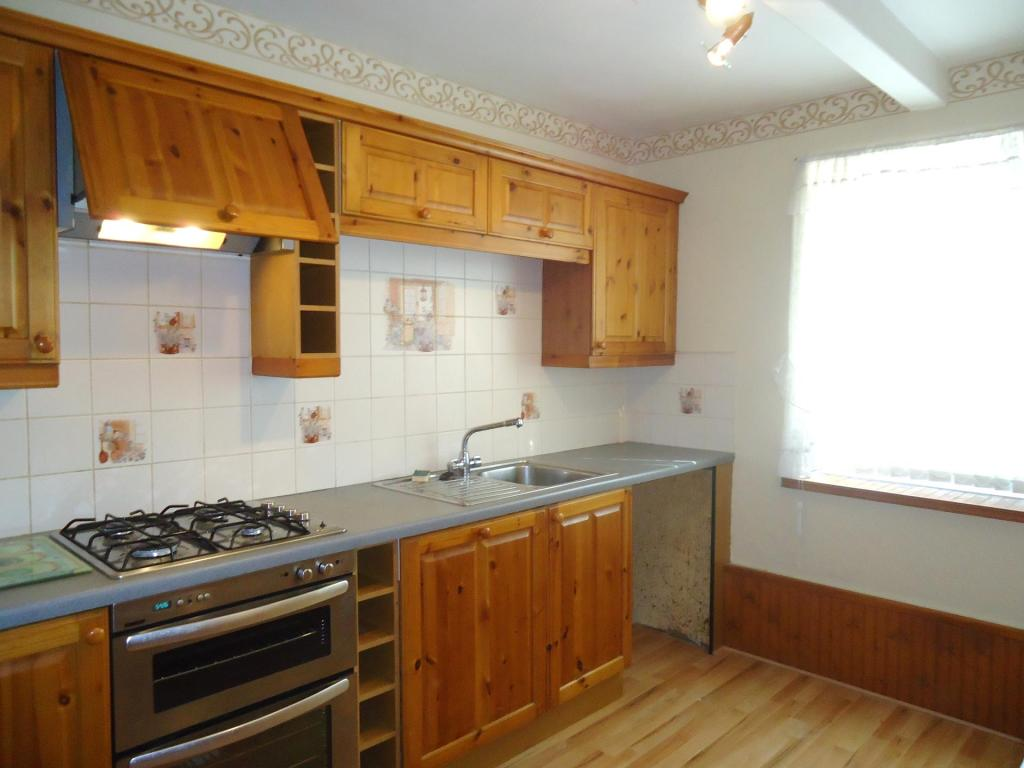Kitchen-3-bed-house-MainstoneAvenue-Plymouth