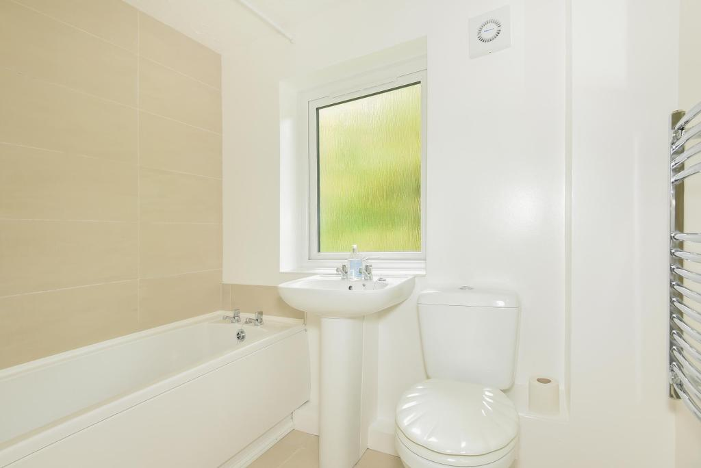 Bathroom-1bedflat-BroomPark-Plymouth