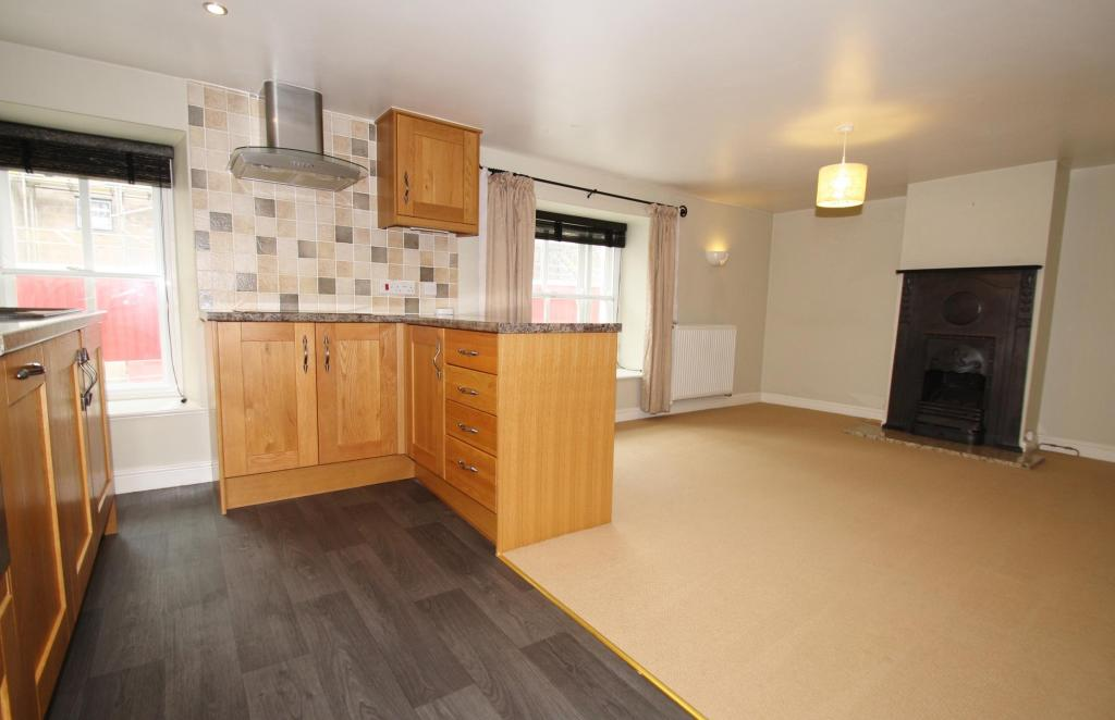 Kitchen/Lounge-2-bed-cottage-BarrackStreet-Plymouth