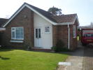 Detached Bungalow to rent in St. Thomas Drive, Pagham...
