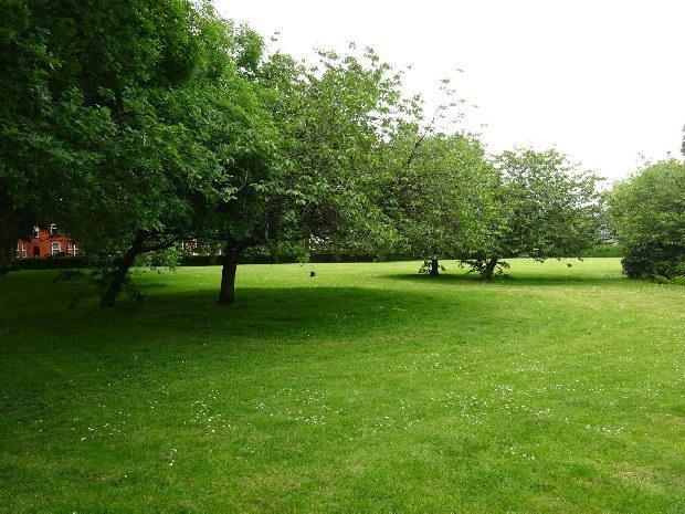 Hullard Park b
