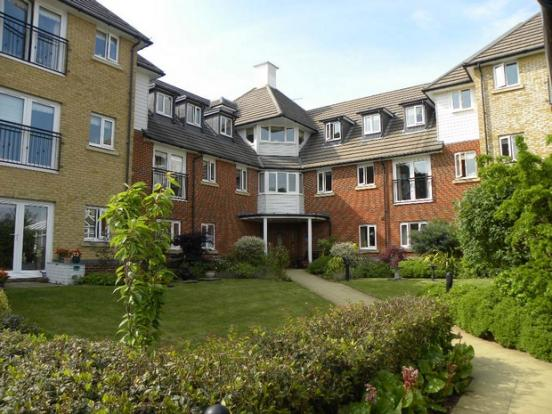 2 Bedroom Ground Floor Flat For Sale In Hoxton Close Singleton Ashford Kent Tn23