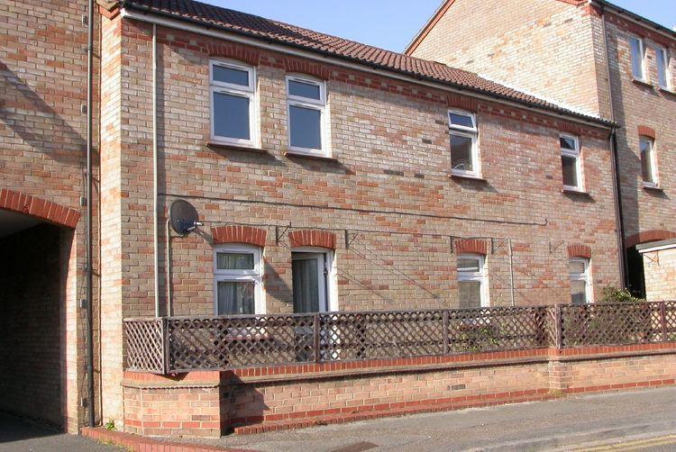 2 Bedroom Apartment For Sale In Minerva Way Cambridge Cb4 Cb4