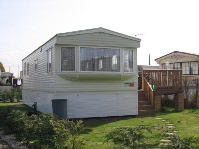2 Bedroom Mobile Home For Sale In YaldingKent ME18