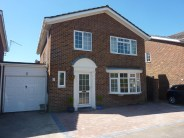 3 bed Detached property in Country View...