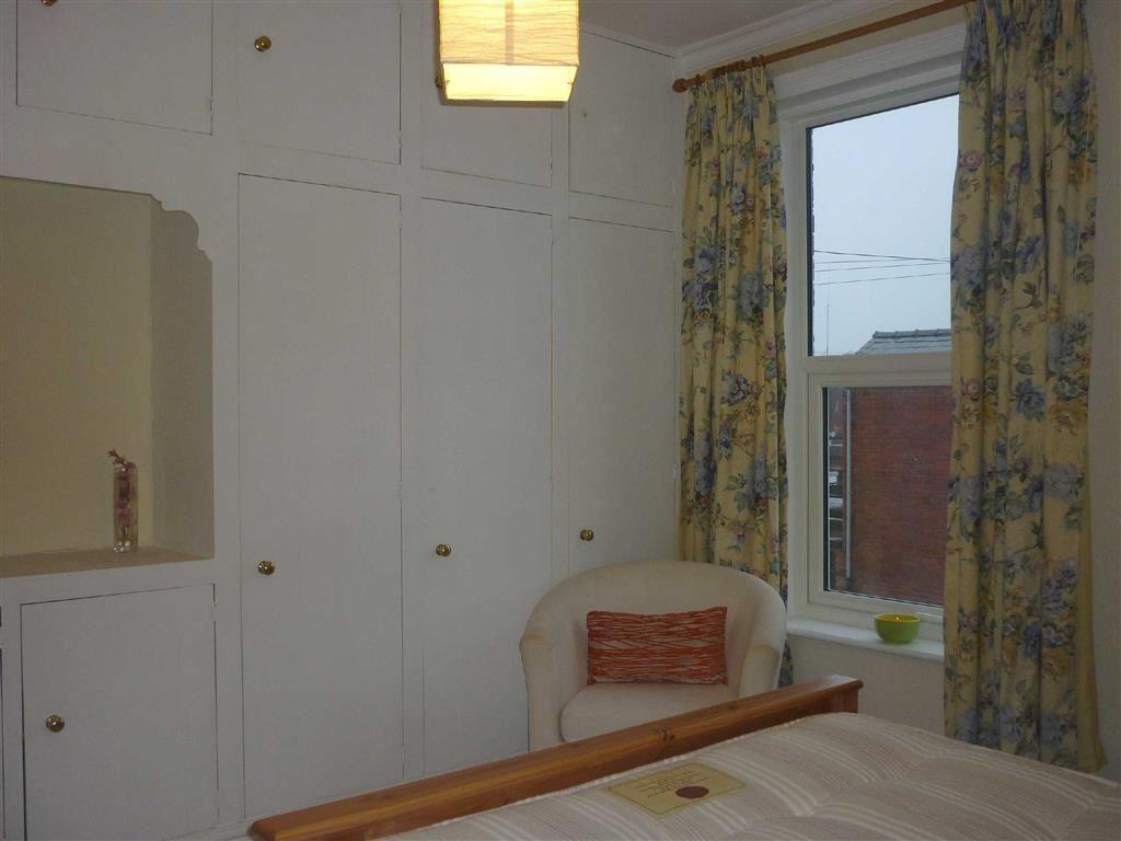 Main Bedroom Alterna