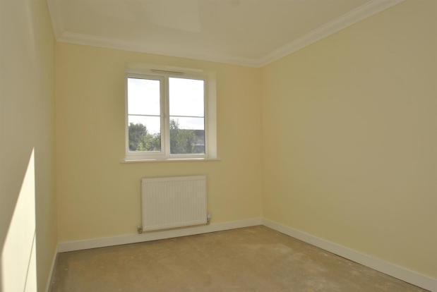 Flat 6 bedroom two.j