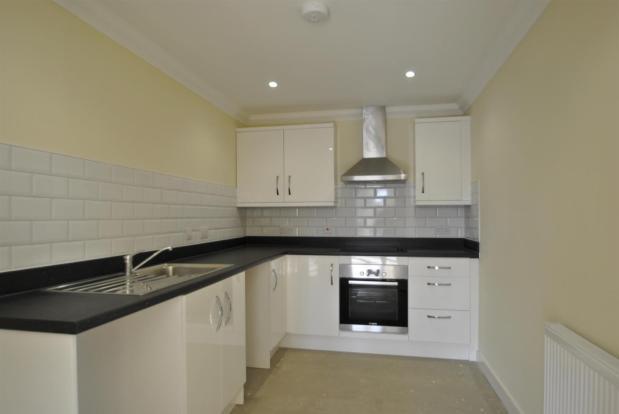Flat 6 kitchen 1.jpg
