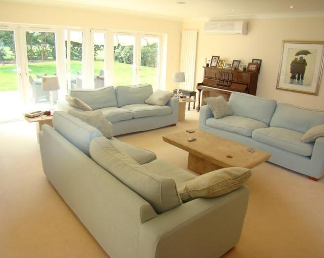 Comfy Furniture Lounge Design Ideas Photos Inspiration Rightmove Home Ideas