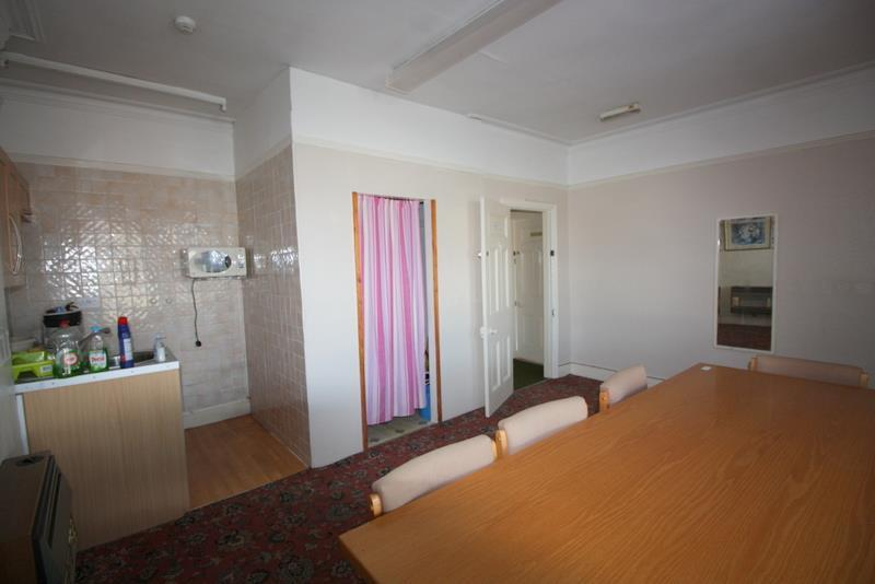 Consulting room 7