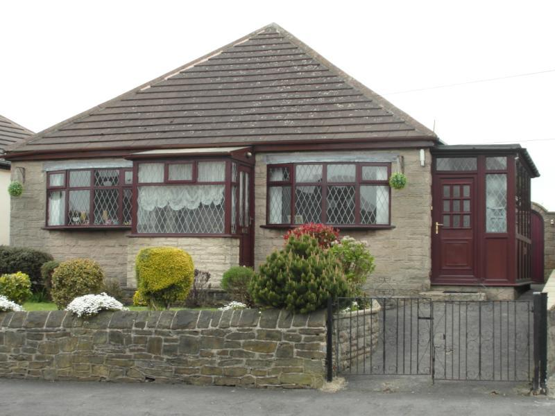 2 Bedroom Bungalow For Sale In Derbyshire Lane Sheffield S8 S8