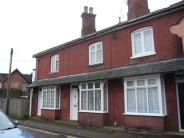 2 bedroom Terraced house in New Street, Crawley