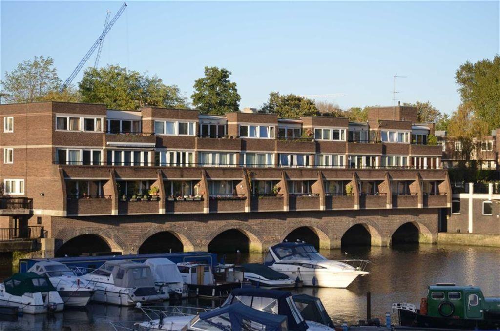 Properties For Sale In Brentford Dock