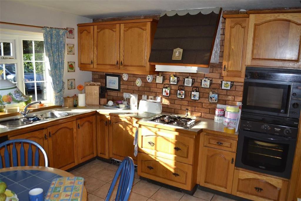 Breakfast-Kitchen