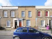 3 bed Terraced property in Hewlett Road, Bow E3