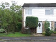 2 bedroom End of Terrace property in Goodwood Road, Redhill...
