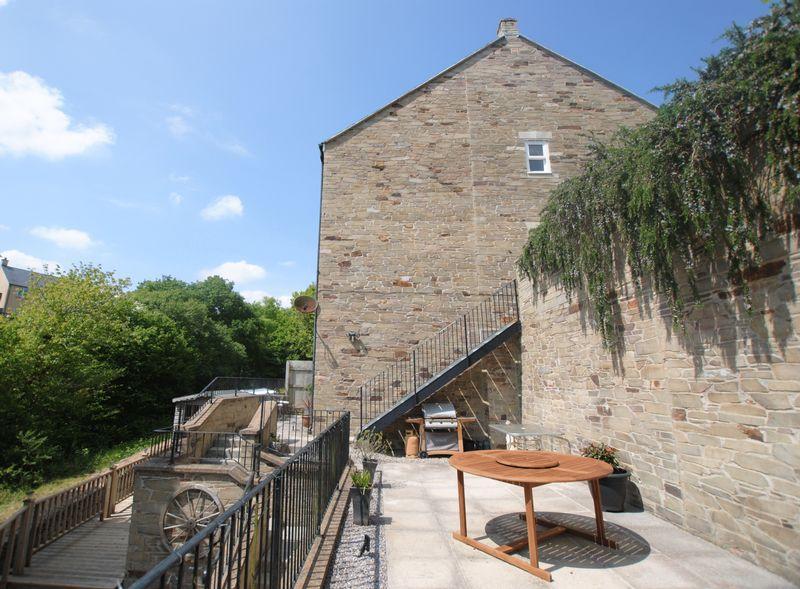 4 bedroom semi detached house for sale in dartmoor view