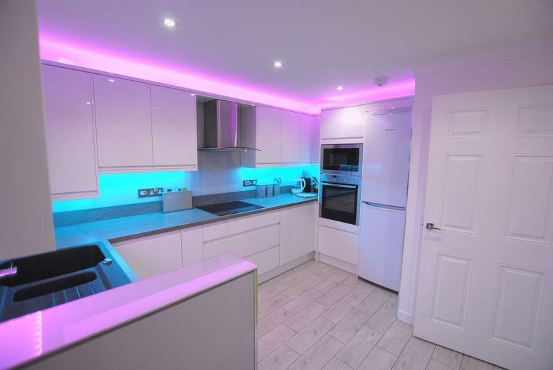 Bathroom Kitchen Lighting Shop Saltash 3 bedroom semi-detached house for sale in paddock close, saltash, pl12