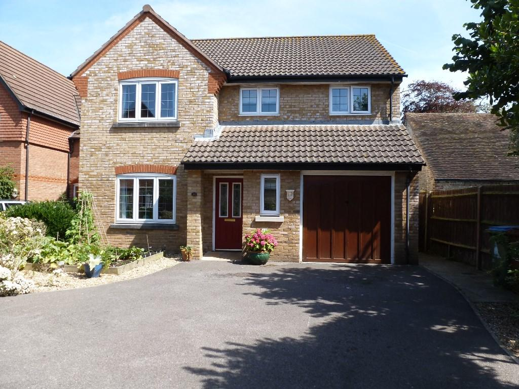 4 Bedroom Detached House For Sale In The Oaks Bognor