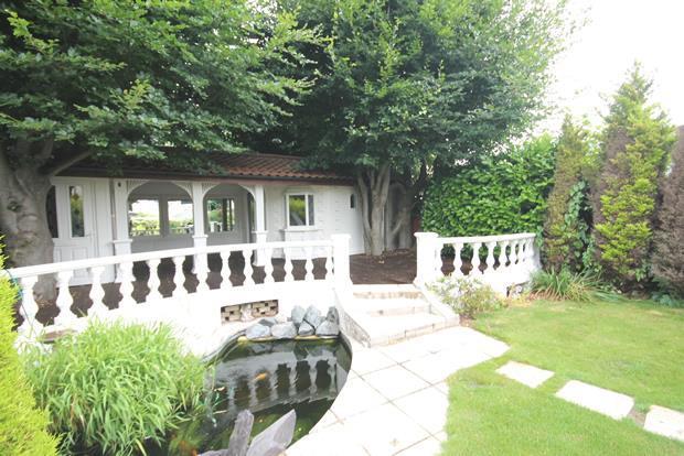 4 Beech garden 1.jpg