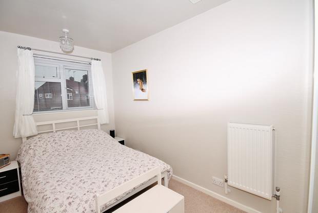 16 Whittle bed 3.jpg